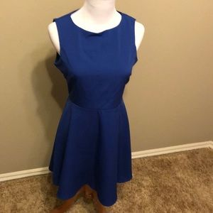 Juniors dress by Lulus.  Medium